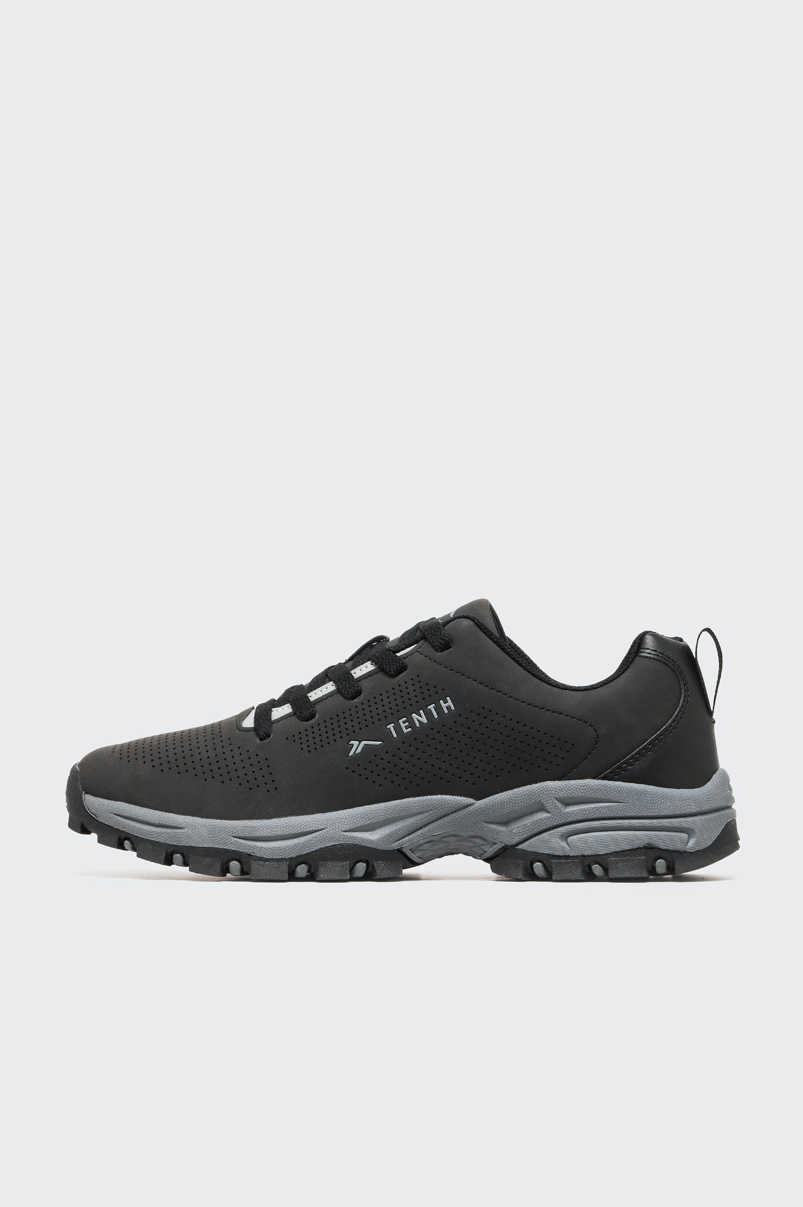 ZAPATILLA OUTDOOR TENTH HIKING LOW MN HOMBRE